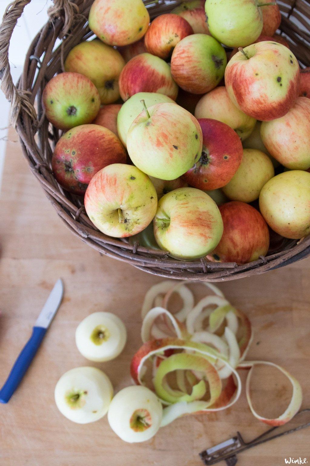 Van een mand geplukte appels maak je een appelclafoutis - wimke.nl