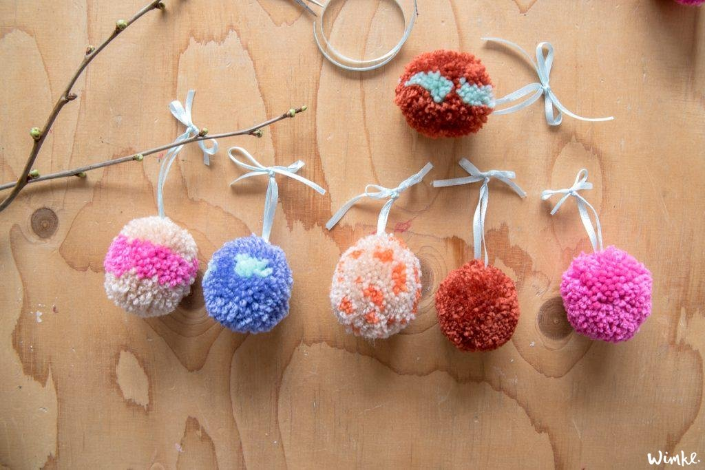 Paasei pompoms maken